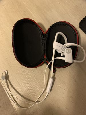 Beats wireless headphones for Sale in Pearland, TX