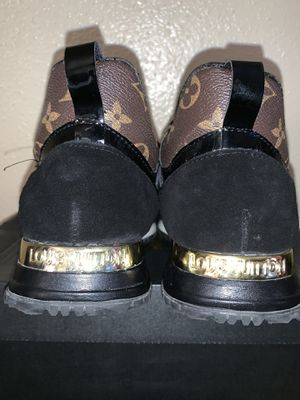Louis Vuitton sneakers. Fairly new for Sale in San Antonio, TX