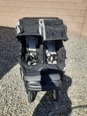 City classic double jogging stroller for Sale in North Las Vegas, NV