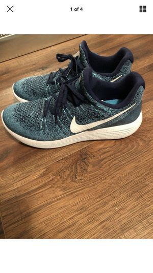 Nike Lunarepic Low Flyknit 2 Running Shoes Size 9 Blue Multicolor for Sale in Benbrook, TX