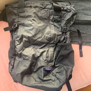 Black patagonia backpack for Sale in Seattle, WA