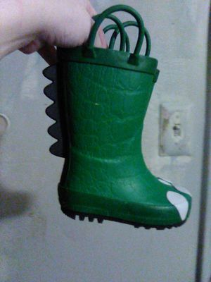 Rain boot for Sale in Fort Washington, MD