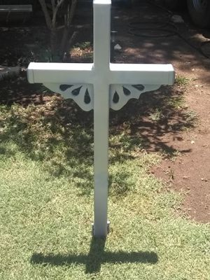 Garden cross with solar light for Sale in Merkel, TX