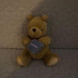 Classic Pooh Gund Plush for Sale in Manteca,  CA