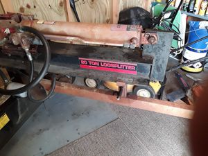 MTD yard machine log splitter for Sale in Roanoke, VA
