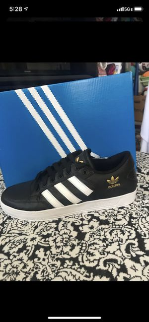 New tennis adidas HARD COURT low for Sale in National City, CA