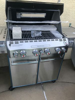 Weber Summitt S-470 LP Propane Gas Grill BBQ Barbecue unused newly assembled for Sale in Las Vegas, NV