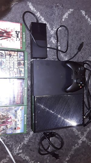 500GB XBOX ONE gaming console with 4 games and controller for Sale in US
