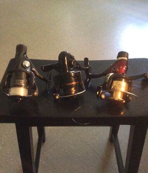 Three fishing reels. 10 each for Sale in New York, NY