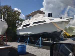 "32"""" yatch for Sale in St. Cloud, FL"