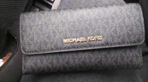Real MICHAEL KORS wallet for woman for Sale in Santa Clara, CA