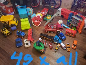 A lot of toys. Lote de juguetes. for Sale in Houston, TX