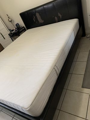 Queen mattress for Sale in Hollywood, FL