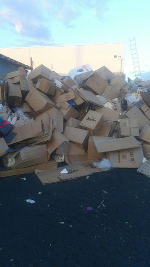 Free cardboard for Sale in Anaheim, CA