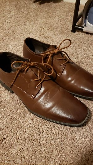 Brown dress shoes size 11 for Sale in Manteca, CA