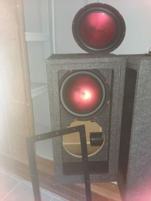 new metalic red subwoofer for Sale in Bowie, MD