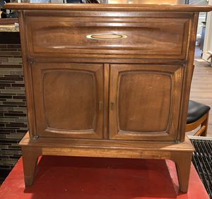 Antique JB Van Sciver Co Nightstand for Sale in Ewing Township, NJ