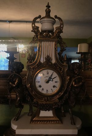 A VERY LARGE BEAUTIFUL BRONZE & MARBLE CLOCK for Sale in Highlands Ranch, CO