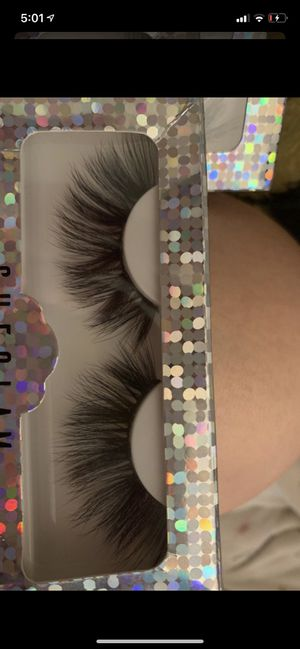 Eyelashes for Sale in Alta Loma, CA