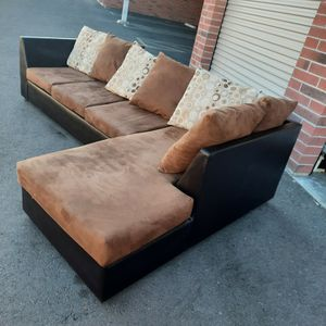 Nice Sectional Couch for Sale in Phoenix, AZ