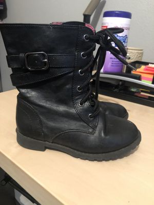 Little girls black boots size 9 for Sale in Gervais, OR