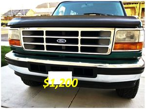 🎁$12OO 🔥Non Smoker🔥 1996 Ford Bronco🎁 for Sale in Oakland, CA