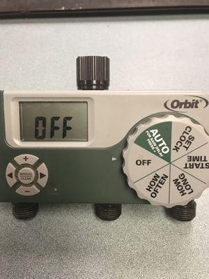 Orbit 3 Zone Battery Operated Sprinkler Timer for Sale in Gibsonton, FL