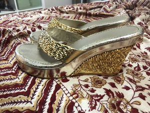 Gold shoes size 8 for Sale in Aurora, CO
