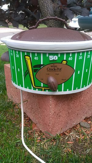 RIVAL Football Crock Pot for Sale in Lakewood, CO