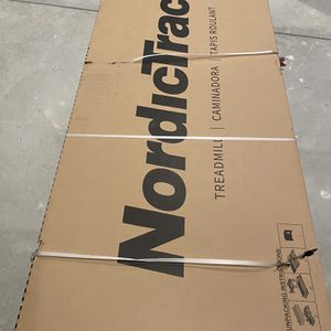 NordicTrack Treadmill for Sale in Los Angeles, CA