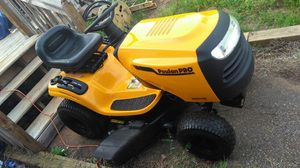 Popular pro 42 inch deck lawn tractor for Sale in Rosharon, TX