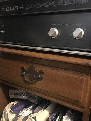 DJ equipment. Mixer amp and speakers 900.00 for Sale in Queens, NY