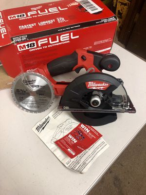 Milwaukee M18 FUEL 18-Volt Lithium-Ion Brushless Cordless Metal Cutting 5-3/8 in. Circular Saw (Tool-Only) w/ Metal Saw Blade for Sale in Arlington, TX