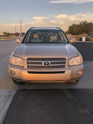 2006 Toyota Highlander hybrid limited edition Clean title with only 128k miles for Sale in Phoenix, AZ