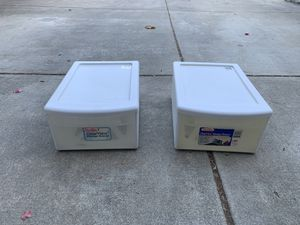 Plastic drawer set for Sale in Oakland, CA