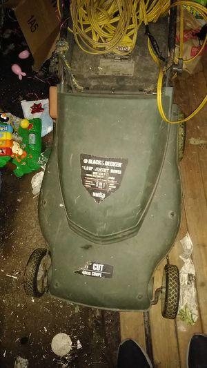 Blacker Decker electric lawn mower for Sale in Portland, OR
