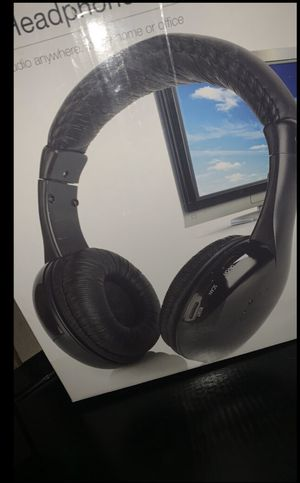 Wireless headphones great quality for Sale in Fresno, CA