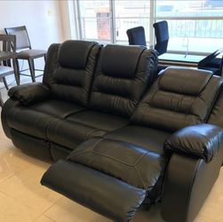 Vacherie Black Reclining Living Room Set by Ashley♨️New 💤Sofa 🗨️Loveseat for Sale in Greenbelt,  MD