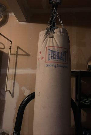 Punching bag for Sale in Marysville, WA