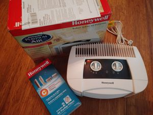 Honeywell Platinum Air Purifier w/ 2 new filters for Sale in Pearland, TX