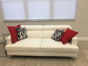 Brand new couch-never used for Sale in Cooper City, FL