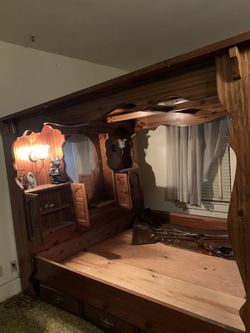 Wood Bed With mirror On Top for Sale in Abilene,  TX