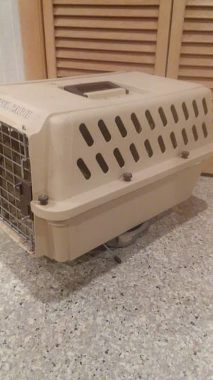 Pet Carrier (small) for Sale in GARDEN CITY P, NY
