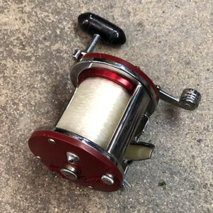 Penn Jig master 500 S, Lightly Used. Cash Only for Sale in Orange, CA