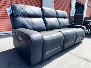 CLEARANCE | COSTCO Leather Power Reclining Sofa with Power Headrest | LIKE NEW 🔥 $50 DOWN for Sale in San Diego, CA