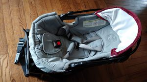 Baby car seat Orbit baby model ORB822000, I'm not sure if the model number is from the base only but it comes with the seat like the pictures for Sale in Ventura, CA