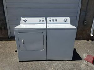 WHIRPOOL WASHER AND ELECTRIC DRYER ! for Sale in Kearns, UT