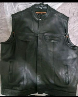 Leather motorcycle style vest 2x for Sale in Mays Landing, NJ