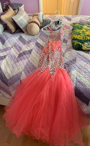 Prom dress , Mermaid dress, only worn 1 time, very beautiful for Sale in Corona, CA