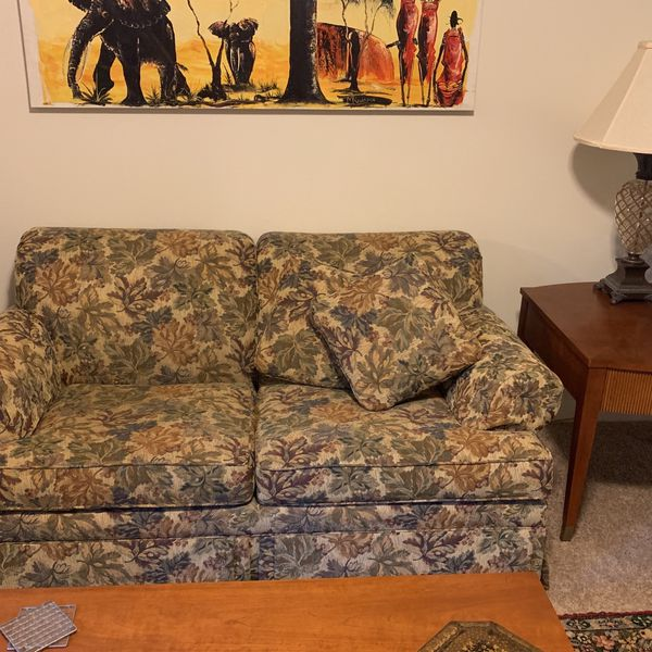 Ethan Allen leaf print fabric Loveseat